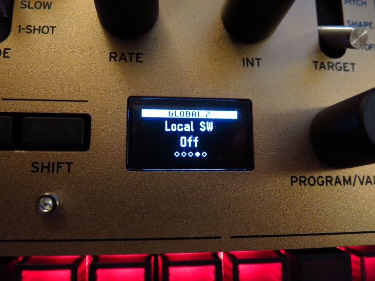 The Korg Monologue has a handy little OLED screen.