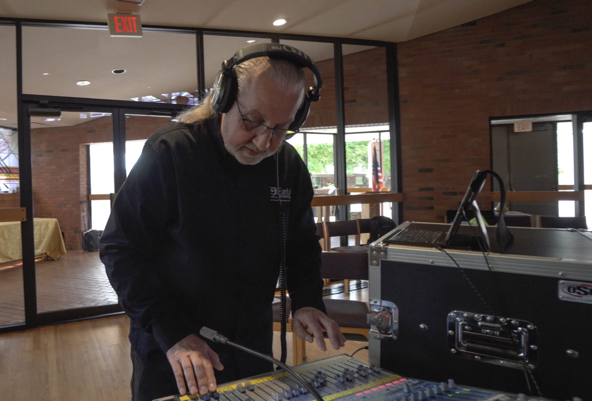 Jim Stern of Earful Recordings working the boards