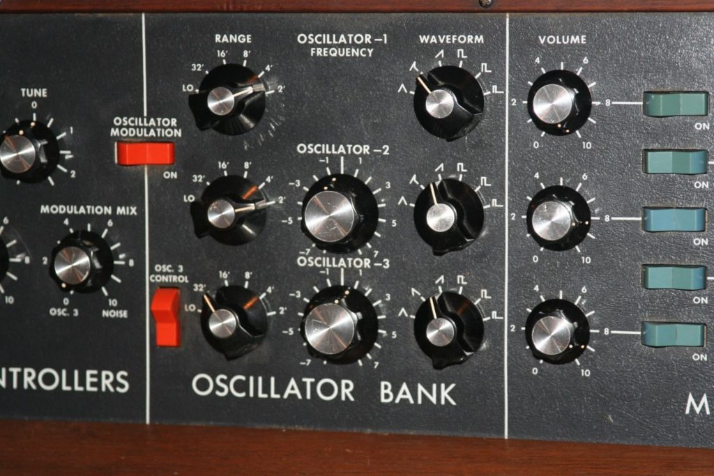Synthesiser Basics: Part 1 – Oscillators