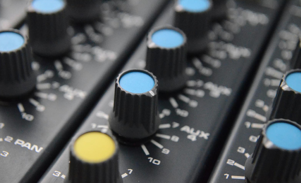 Pre-amps demystified – what is CMR?