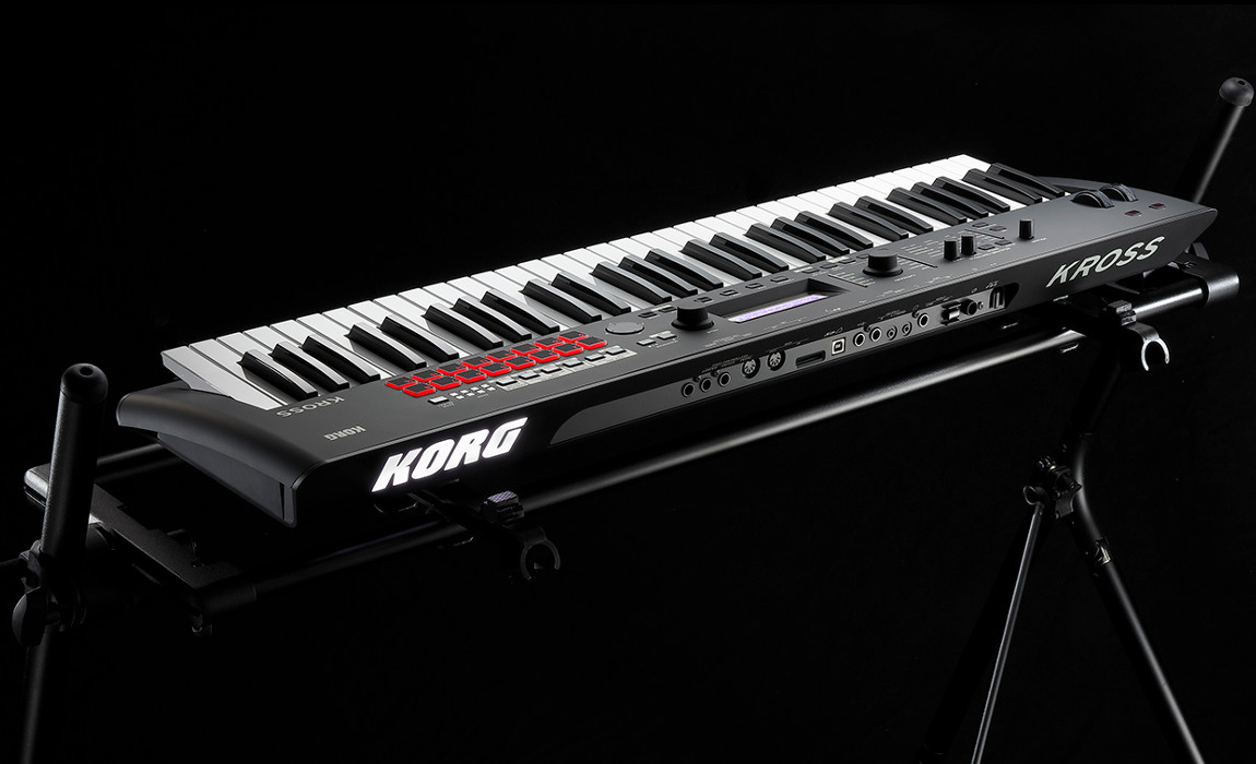 KORG KROSS 2 in Black