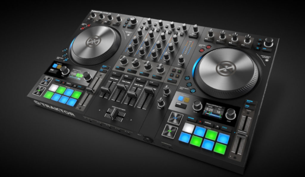 New Native Instruments TRAKTOR S4 MK3 DJ CONTROLLER