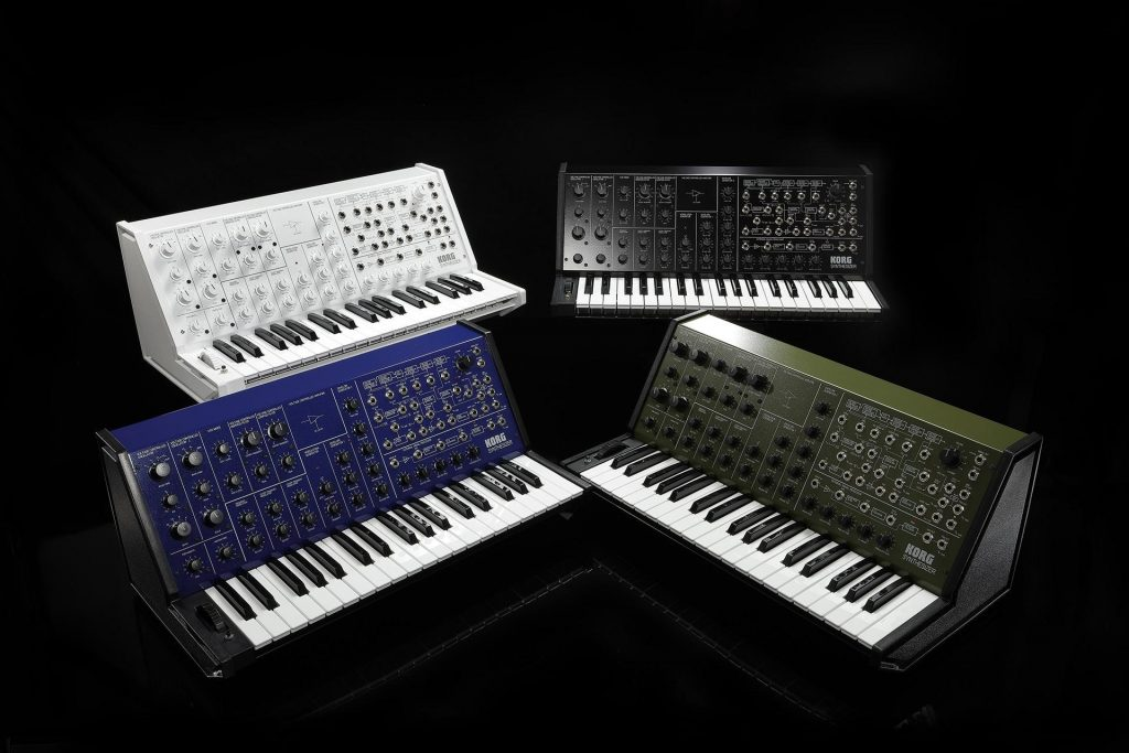 NAMM 2020 – Korg Bring Back RK-100S Keytar and Full Size MS-20 in New Colours
